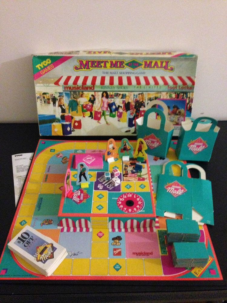 """Vintage 1990 """"Meet Me At The Mall"""" The Shopping Board Game"""