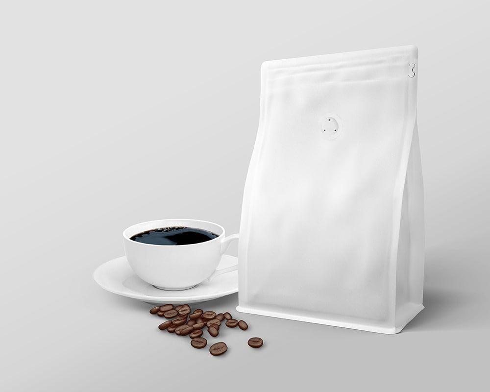 Download Coffee Bag And Cup Packaging Branding Mockup Free Package Mockups Branding Mockups Branding Mockups Free Pouch Packaging