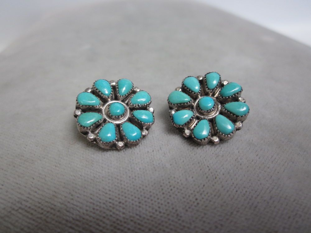 Vintage ZUNI STERLING Silver Turquoise Petit Point Button Clip Back Earrings