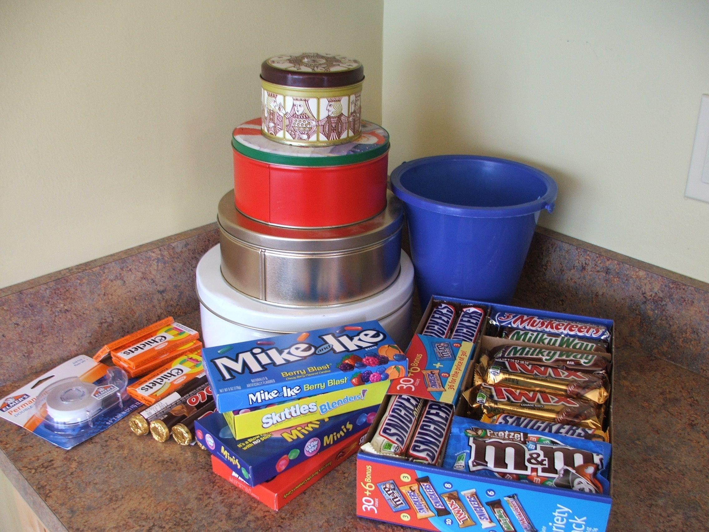 Easy To Make No Bake Extreme Candy Bar Cake Detroitmommies Com Cakes