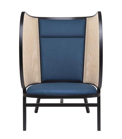 Front Create An Enveloping Lounge Chair For Gebruder Thonet 3rings Armchair Furniture Furniture Lounge Chair