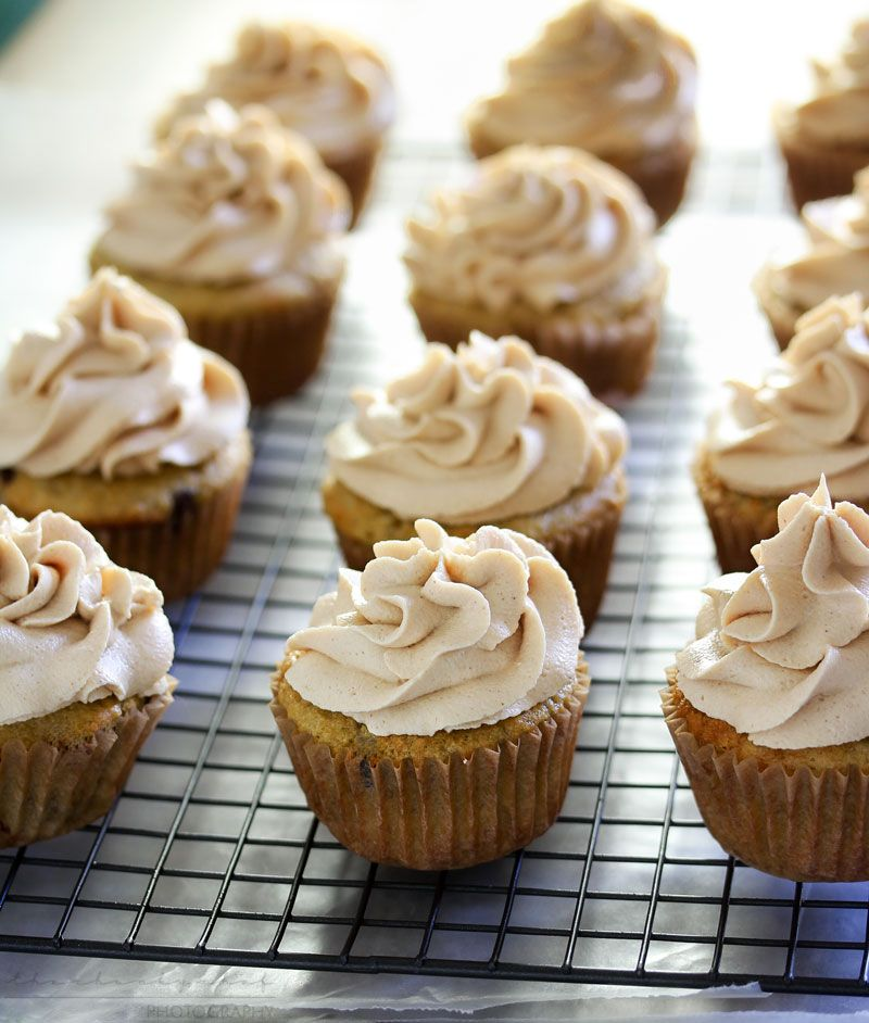 peanut butter cream cheese cupcakes