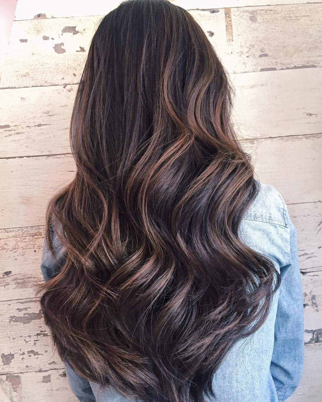 """new season, new 💁🏻 went lighter both in weight & shade (Nick fondly calls this """"milk tea brown"""" ☕☕️☕️️) thanks to Graziella @saloncapri. I love subtle highlights that can grow out with natural hair as I only get mine done about twice a year 🙈 #balayage #happyfriday #friyay"""