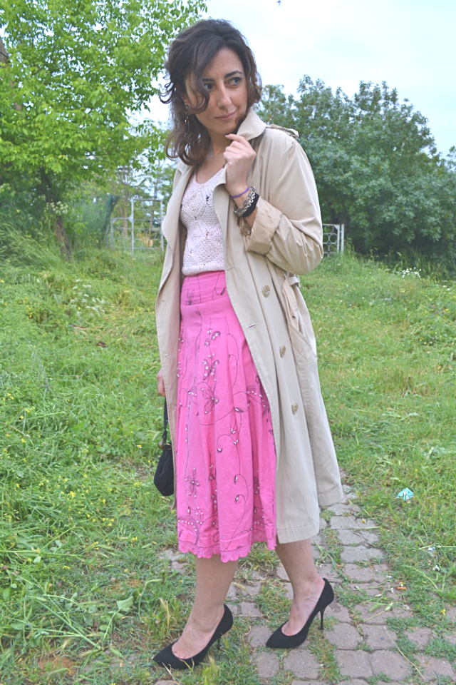 pink with my neutral tone trench