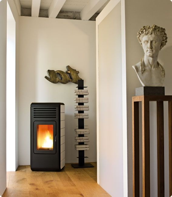 A Emo Design For Mcz Toba Is A New Way Of Thinking Of The Pellet Stove Not Just As A Heating Machine But As A Piece Fur Pellet Stove Stove Wood