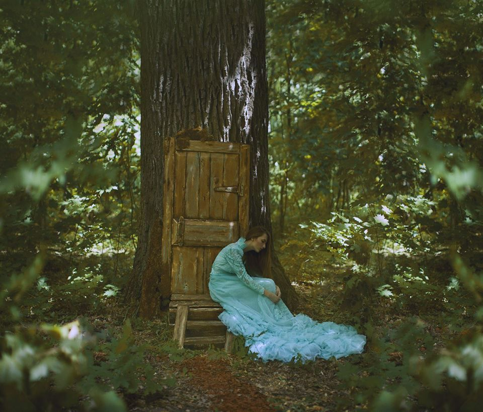 katerina plotnikova | Katerina Plotnikova's photography transports us to another world. A ...