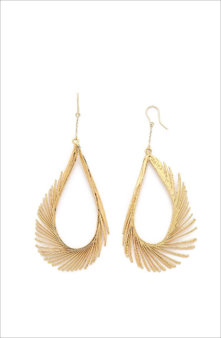 Our Favorite 20 Feather Earrings