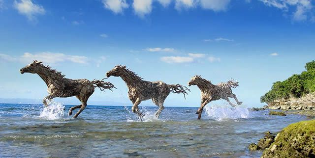 Fascinado por la representación del movimiento en la escultura, el artista James Doran-Webb se esfuerza en generar un fuerte sentido de energía y fluidez en todos los animales que elabora.