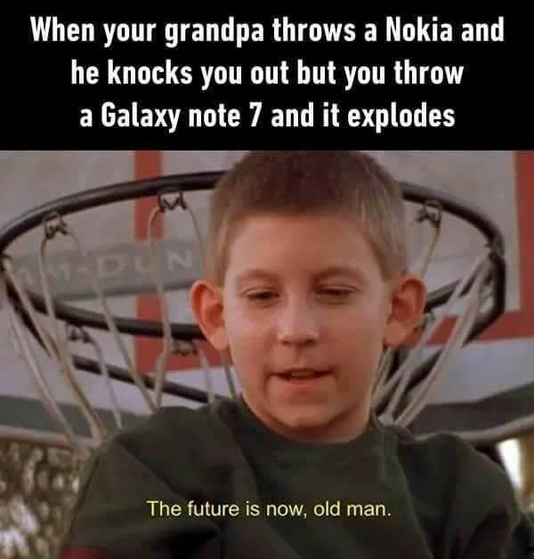 I M Literally Watching Malcolm In The Middle Right Now Memes Funny Memes Hilarious