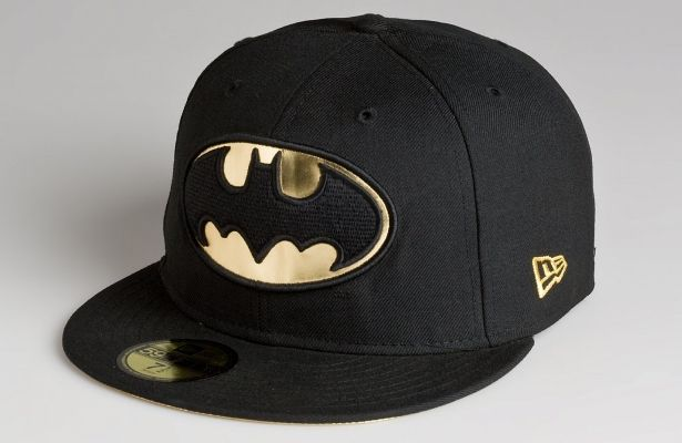 Character Batman 59Fifty Fitted Cap by DC COMICS x NEW ERA ... 632fc15c226