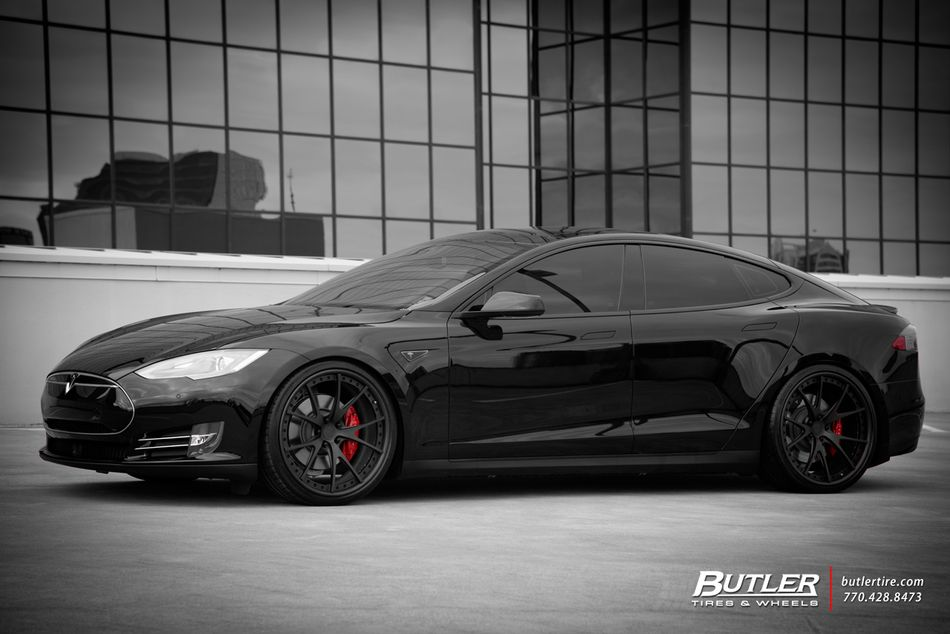 2015 Tesla Model S P85d With 22in Niche Stuttgart Wheels
