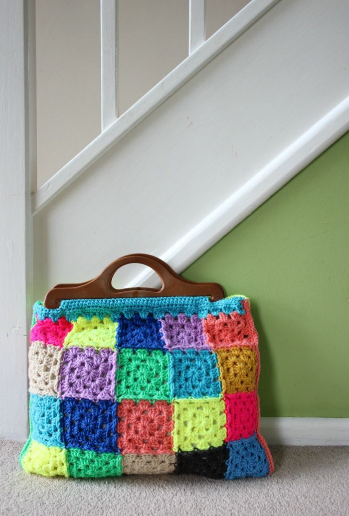 How to Make a Granny Square Bag. Free Crochet Pattern | Häkeln ...