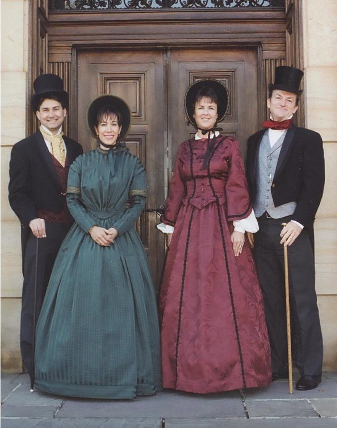 Victorian Carolers Victorian Costume Victorian Era Fashion Victorian Fashion