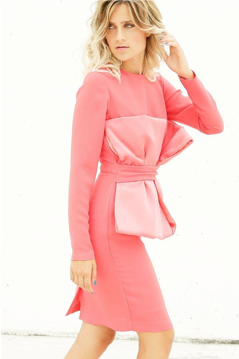 vestido de fiesta corto recto color coral con adorno lazos en cuerpo ...