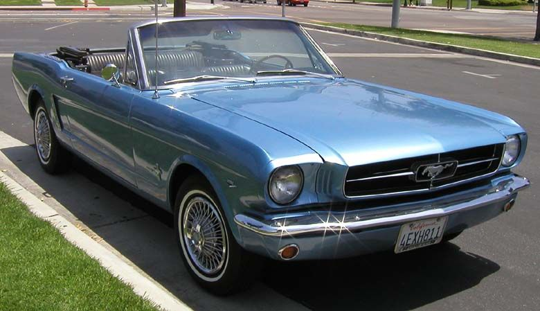 i had a 66 mustang at 17 avocado silver black vinyl top i saw this exact car about 10 years. Black Bedroom Furniture Sets. Home Design Ideas