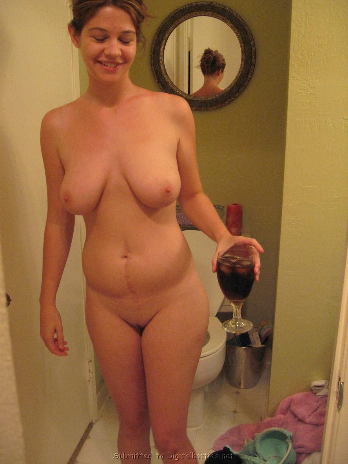 Hot short blonde nude