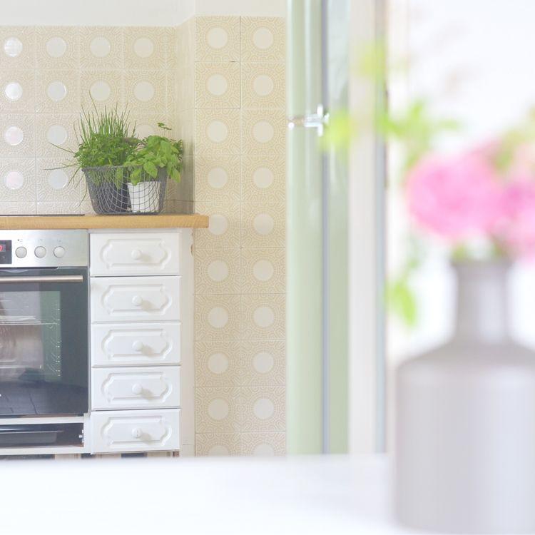 Alte Küche weiß streichen | Alte küche, Schritt für schritt ...