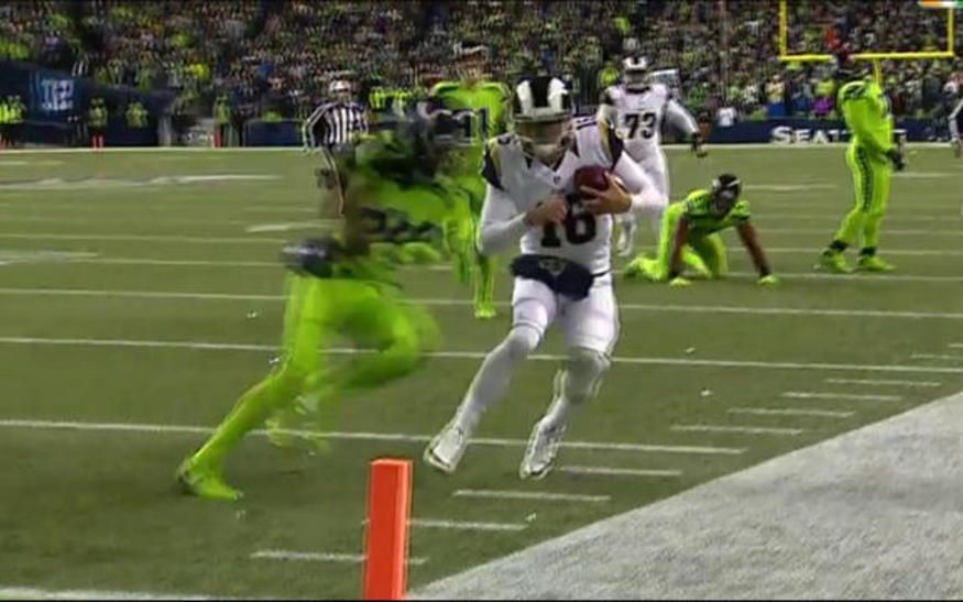 893ca3864 Seattle Seahawks wide receiver Tyler Lockett catches a 57-yard pass from Russell  Wilson for a touchdown.