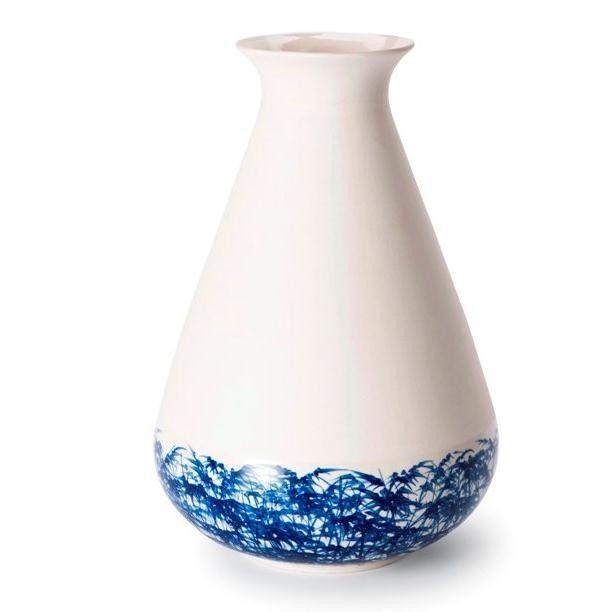 Fabriqué au Vietnam: un des vases en céramique du designer hollandais Piet Hein Eek.