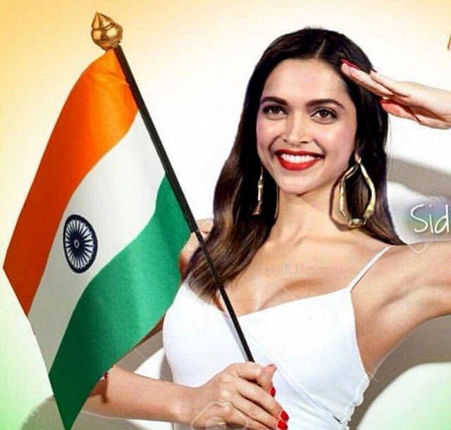 Deepika Padukone | Bollywood celebrities, Deepika padukone ...