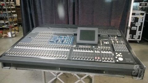 SoundBroker com - YAMAHA PM5D-RH DIGITAL MIXER WITH CASE