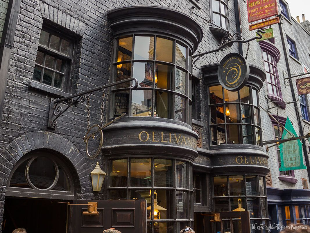 ollivanders wand shop diagon alley hogwarts pinterest diagon alley harry potter and. Black Bedroom Furniture Sets. Home Design Ideas