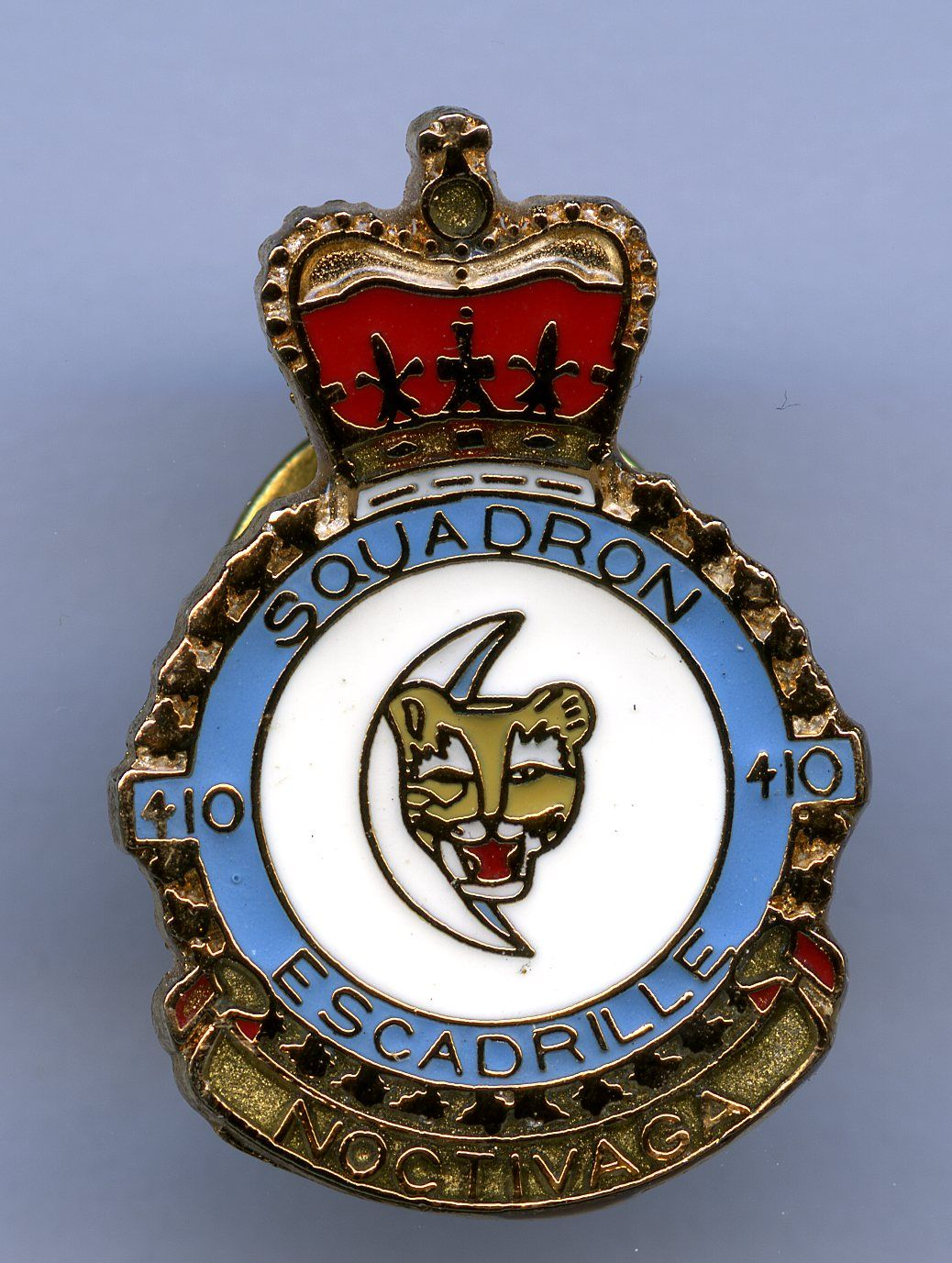 RCAF 410 Squadron Canadian military, Badge