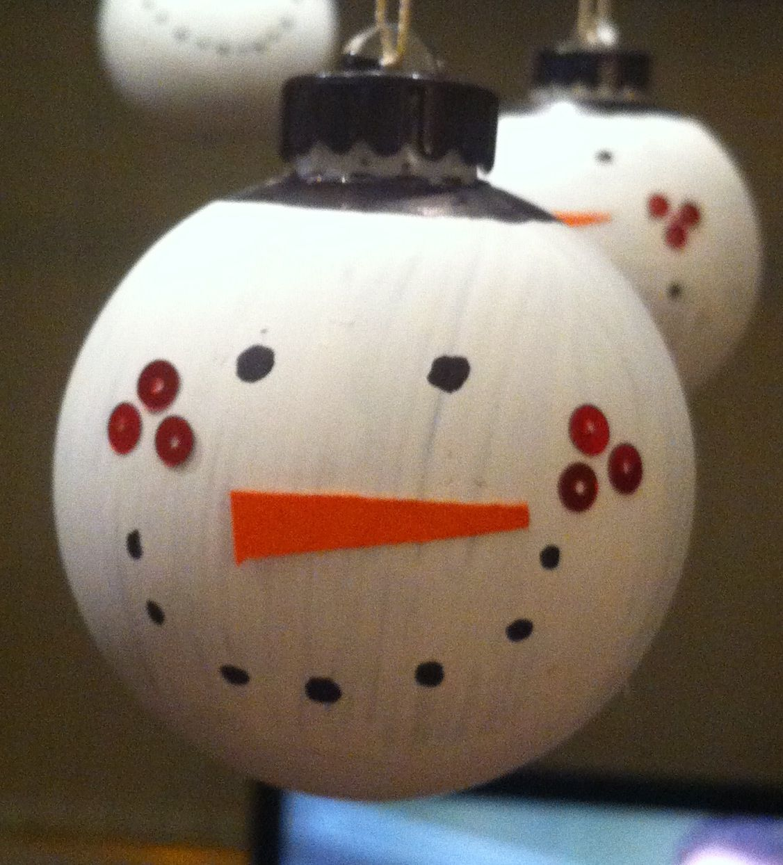 Snowman bauble white paint black marker orange card and red