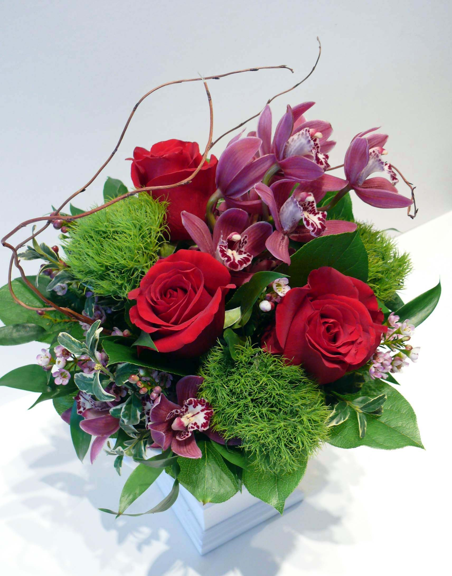 Flower arrangement with cut orchid flowers