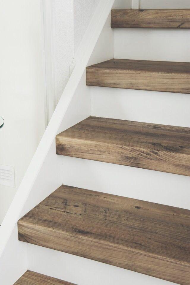 Renovez Votre Escalier Avec Des Marches Pretes A Poser Renover Escalier Escalier Beton Habillage Escalier