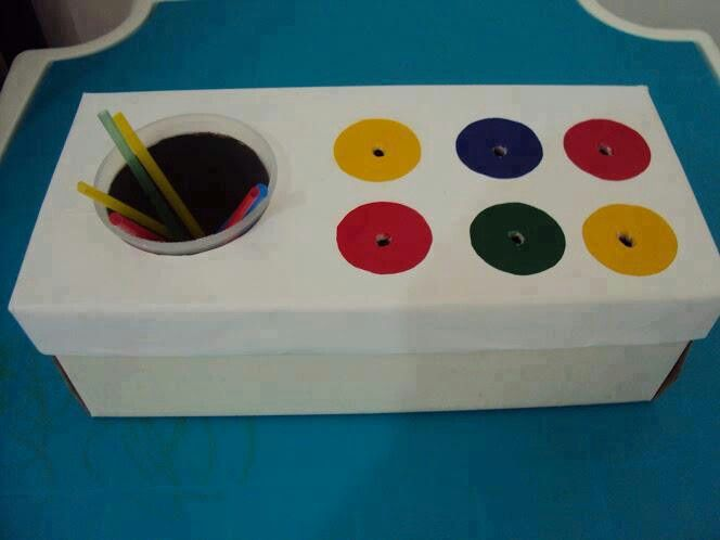 Caixa De Cartao Para Ensinar Cores As Criancas Atividades Para
