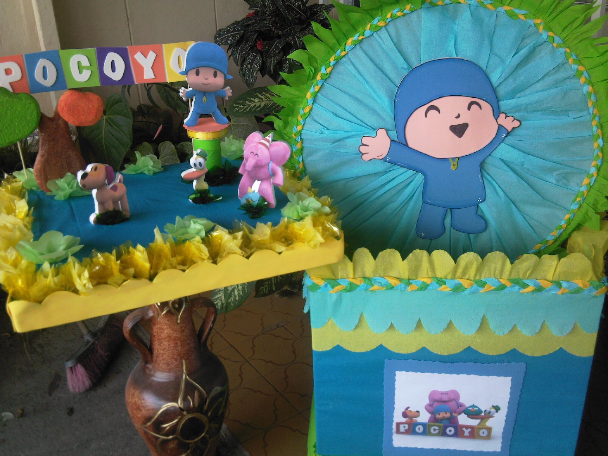Pocoyo decorations fiesta pocoyo decoraci n imagui for Decoracion para fotos
