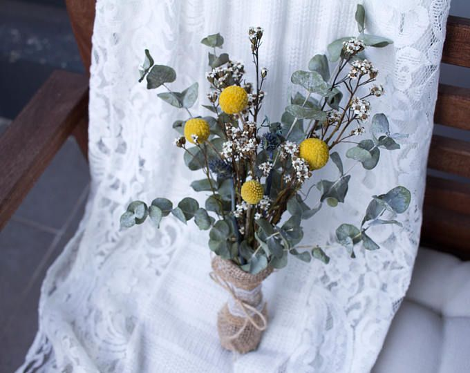 Billy Buttons Bouquet Dried Flower Dry Flower Dried Flower Arrange Rustic Wedding Home Decor Billy Buttons Bouquet Flower Arrangements Billy Buttons