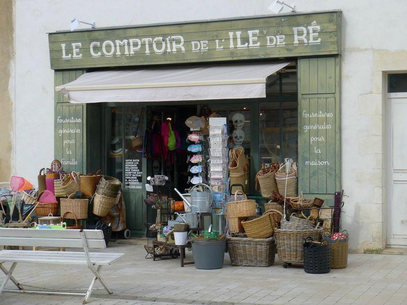 Balades avec les cousins le blog de yoko french store - Magasins de meubles ile de france ...