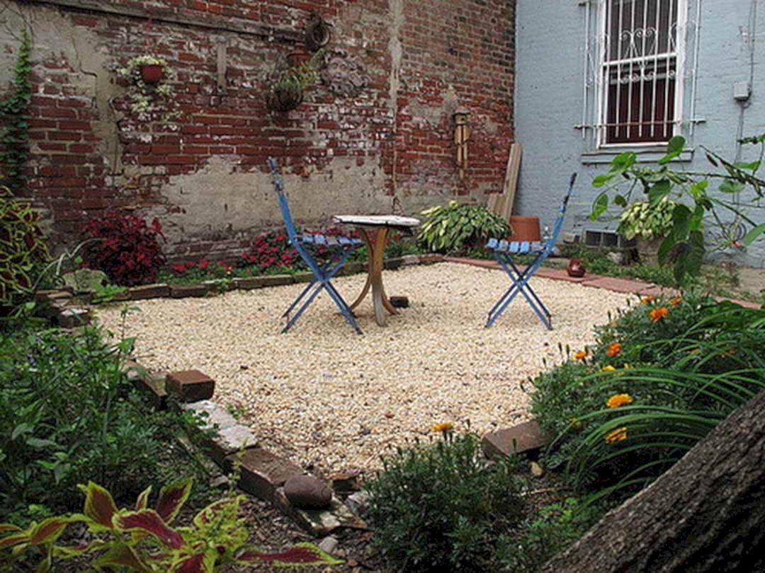Best 25 Fabulous Gravel Backyard Design Ideas For Your Backyard