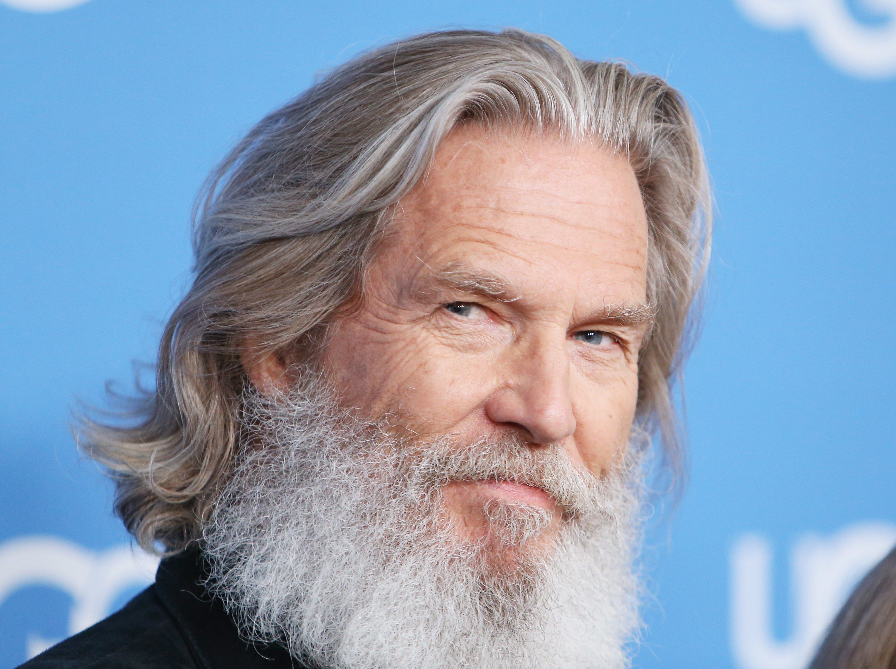 6 great haircuts for guys with grey hair   gray hair