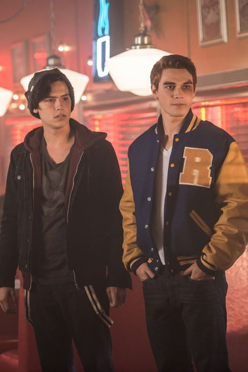 Cole Sprouse: Anderer Jughead bei Riverdale #coleanddylansprouse