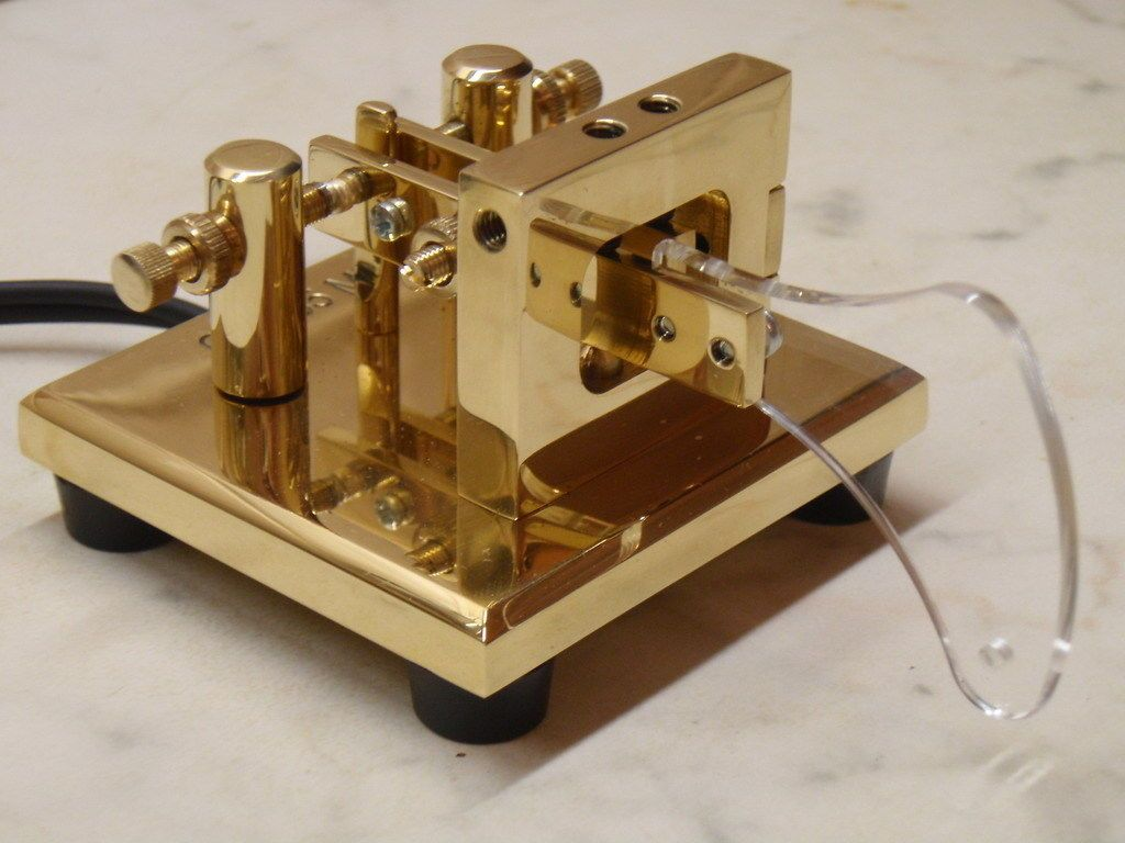 Ct 755 L Single Magnet Tension Brass Lever Paddle Travelling