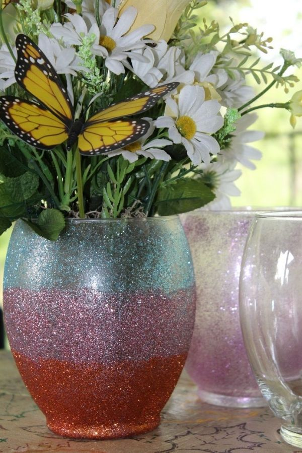 How To Make Your Own Glitter Vase By Talkingfreebies Httpcrafts
