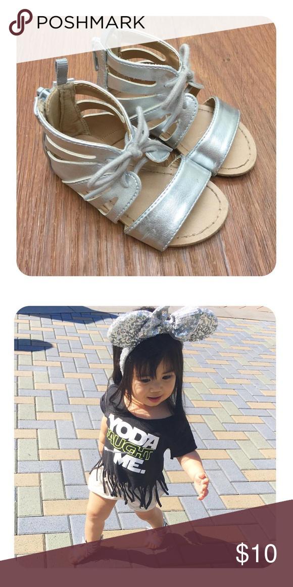 b207f1b80af OLD NAVY Gladiator Sandals - KIDS GIRLS Old Navy Gladiator sandals. Last  photo is an