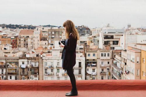 Barcelona por Yo no soy Ana.Sigue la pista para saber más.