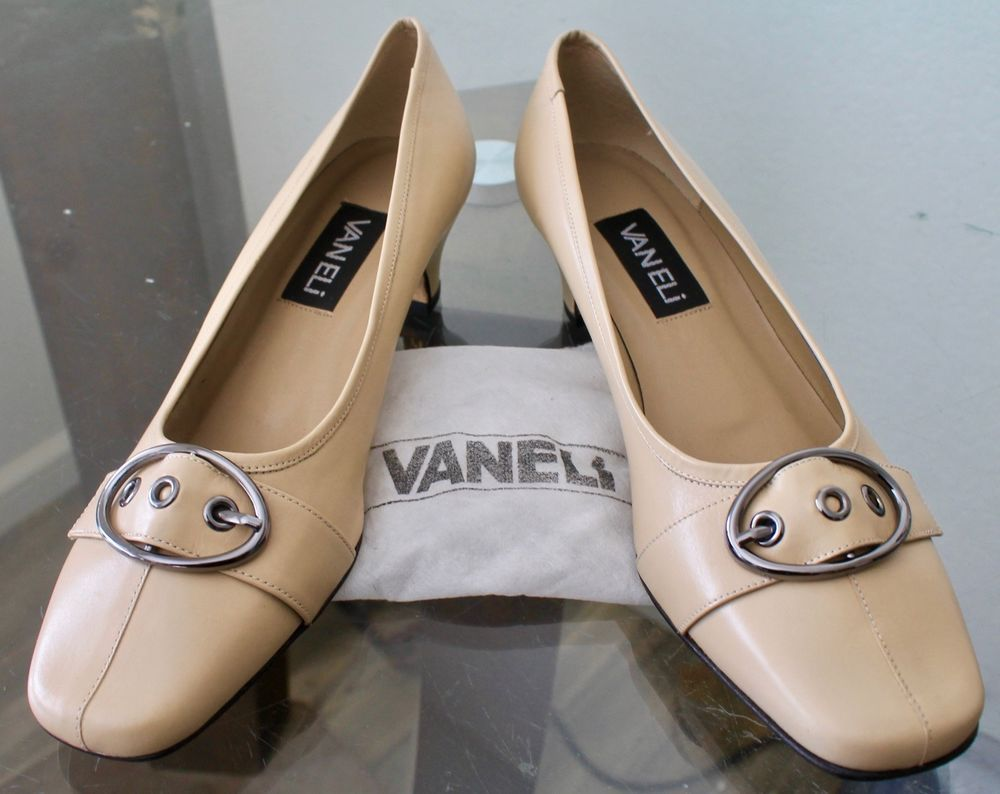 74ffcefdb3205 VANELI WOMANS SHOES PUDDING LEATHER SILVER BUCKLE 2 INCH SIZE 8 1/2 ...