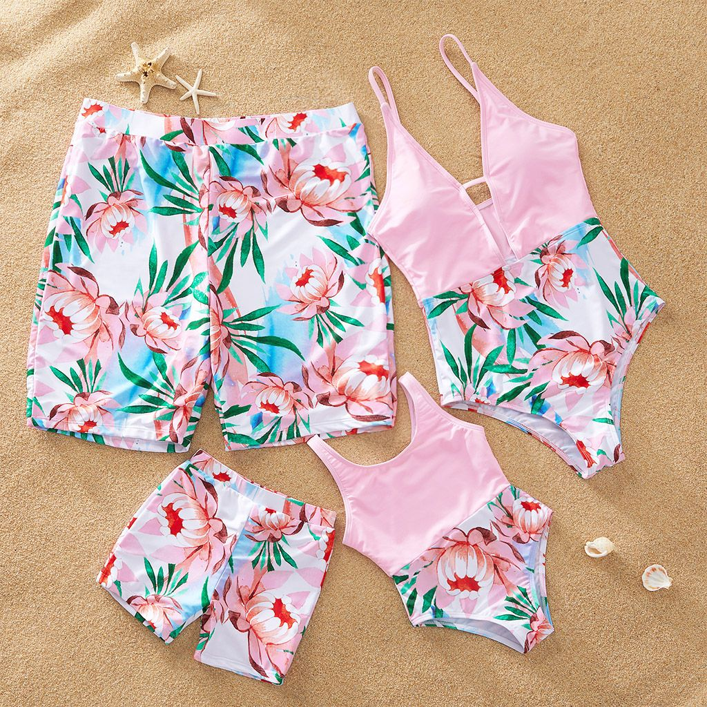 Yaffi Family Matching Swimwear Two Pieces Bikini Set 2019 Newest Leaves Printed Ruffles Mommy and Me Bathing Suits