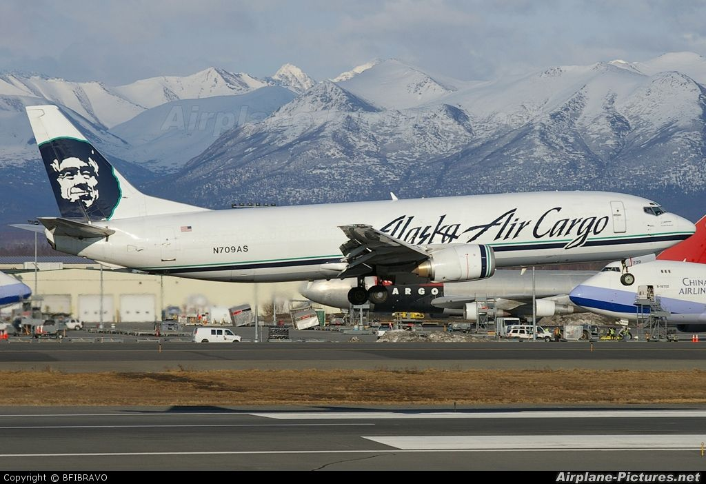 alaska airlines Alaska Airlines Cargo N709AS aircraft at