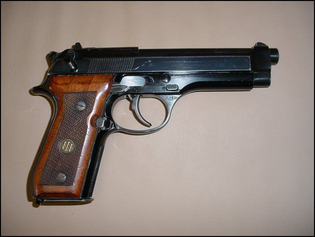 baretta pistols | Item:6418096 Beretta, Pietro Beretta 92 SB
