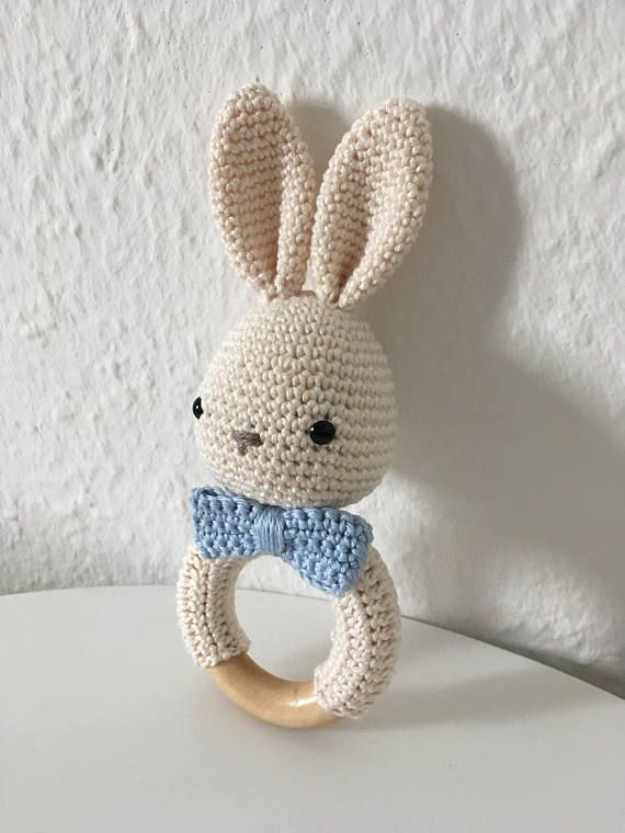 rattle gripping amigurumi bunny amigurumi pinterest h keln h keln baby und rassel. Black Bedroom Furniture Sets. Home Design Ideas