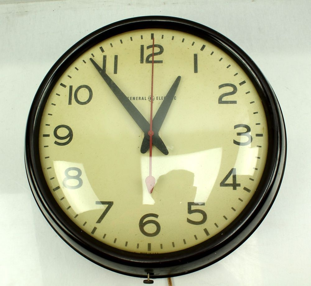 Vintage 1950s Ge General Electric 2912 School Wall Clock Domed Glass Eames Retro