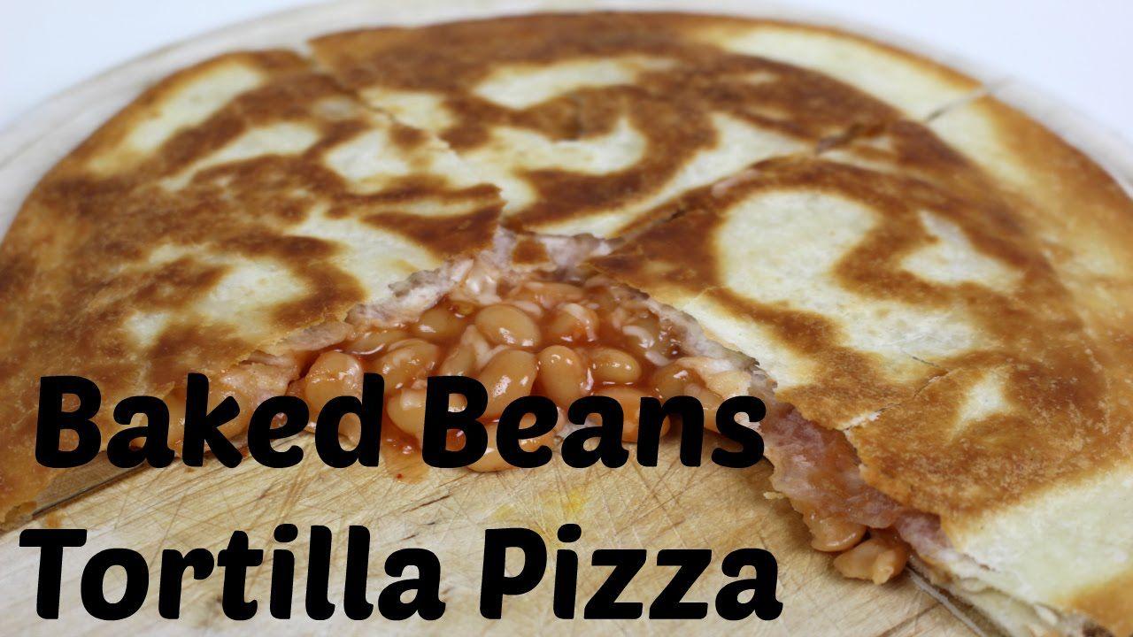 #Yummy baked beans #tortilla #pizza. It's made within a few minutes. Recipe for 2 servings - Ingredients: • 1 can baked beans (400g) • 3 tbsp. sweet chili sauce • 4 tbsp. grated mozzarella cheese • 4 tortilla wraps • 2 tbsp. oil | Leckere #Chilibohnen #Tortilla #Pizza. Sie ist in wenigen Minuten gemacht. Rezept für 2 Portionen - Zutaten: • 1 Dose Chilibohnen (Baked Beans) (400g) • 3 EL süßscharfe Chilisauce • 4 EL geriebener Mozzarella • 4 Tortilla-Wraps • 2 EL Öl