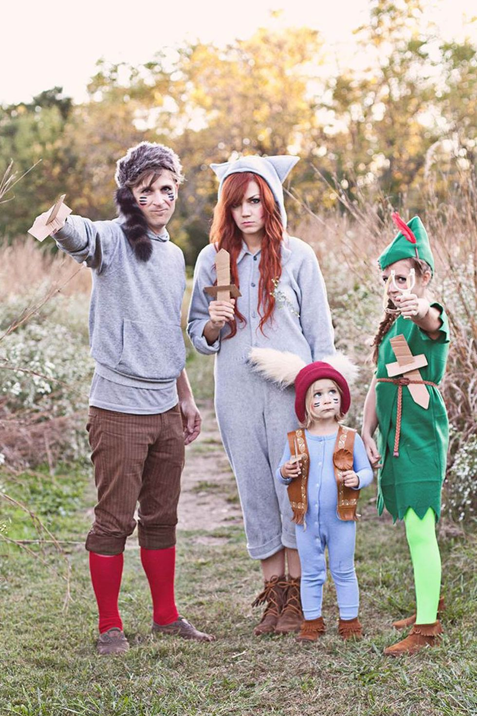 40 Super Cute Family Halloween Costumes Family Halloween Family