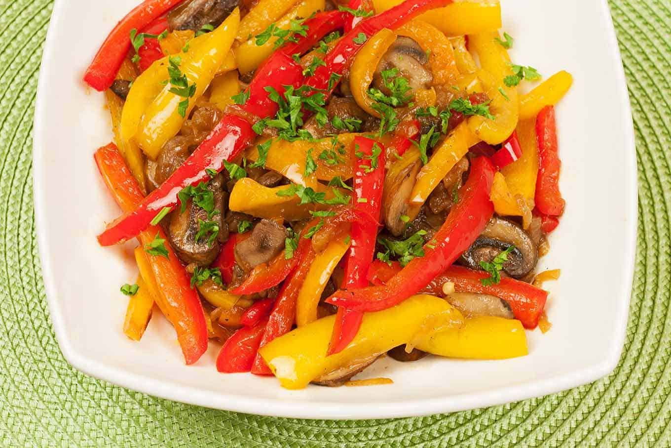 Sweet Pepper, Mushroom and Onion Medley #bellpepperrecipes